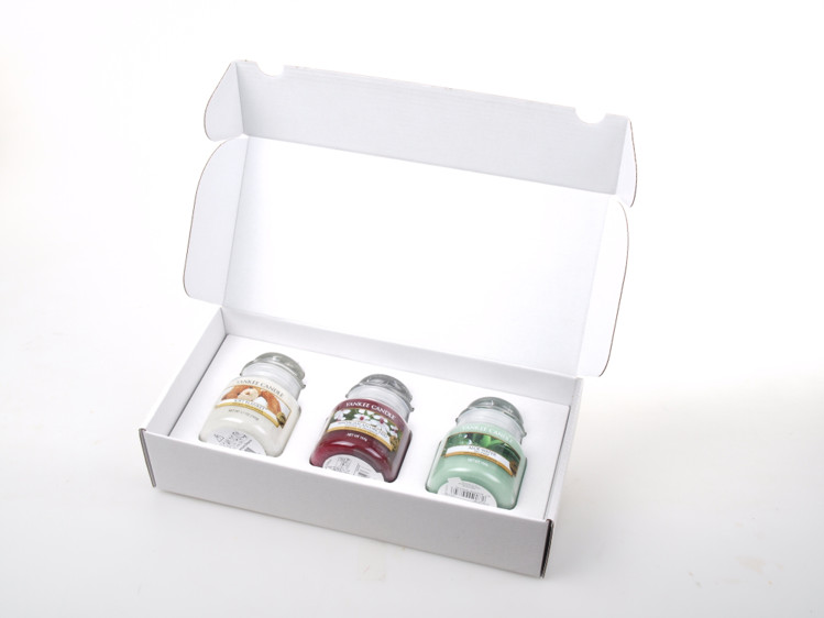 Image de Giftbox weiss Giftbox 3 small Jar