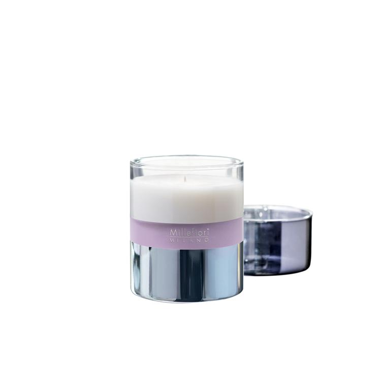 Bild von Magnolia Blossom & Wood Scented Candle